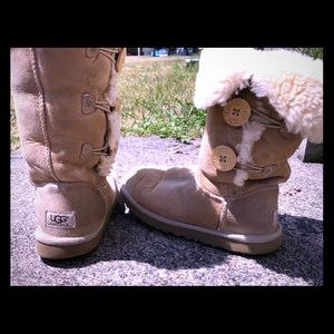 Woman's uggs